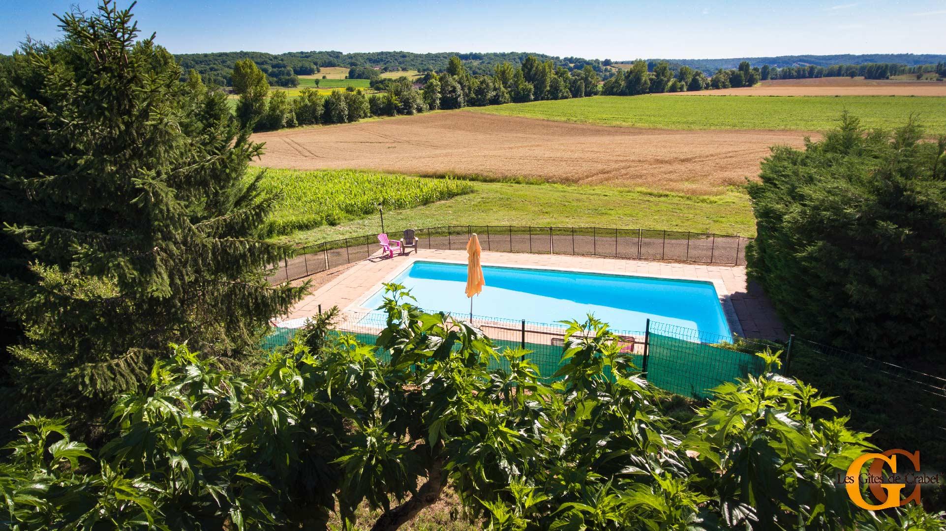 location-gite-campagne-avec-piscine